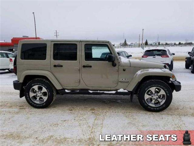 2017 Jeep Wrangler Unlimited Sahara (Stk: QT236) in  - Image 5 of 17