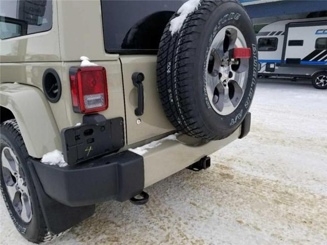 2017 Jeep Wrangler Unlimited Sahara (Stk: QT236) in  - Image 17 of 17