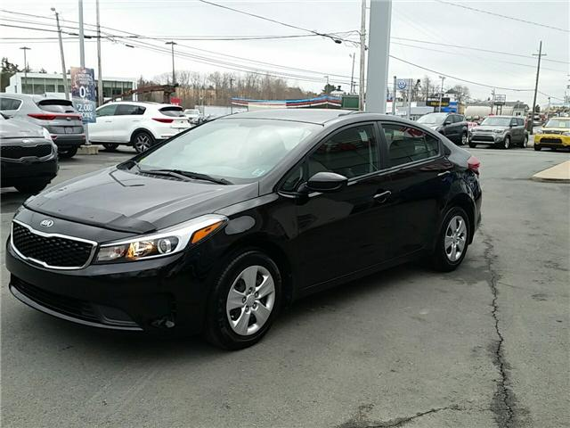 2017 Kia Forte LX (Stk: U914) in Bridgewater - Image 3 of 19