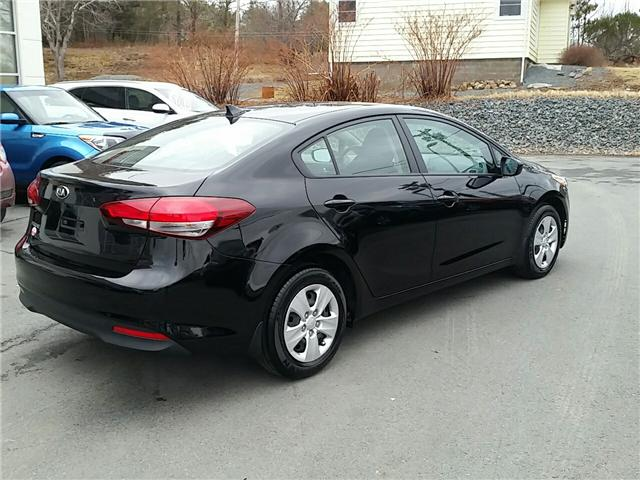 2017 Kia Forte LX (Stk: U914) in Bridgewater - Image 6 of 19