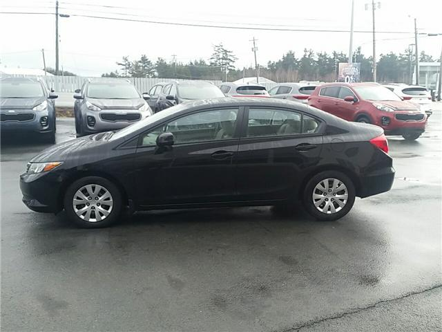 2012 Honda Civic LX (Stk: U911) in Bridgewater - Image 2 of 18