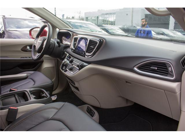 2017 Chrysler Pacifica Touring-L (Stk: H551340) in Abbotsford - Image 18 of 27