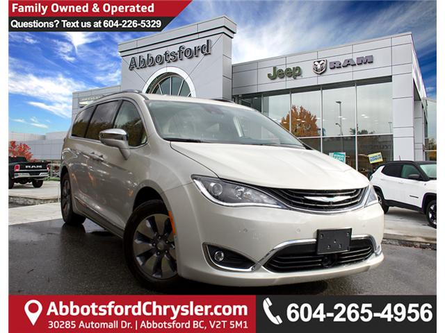 2017 Chrysler Pacifica Hybrid Platinum (Stk: H779191) in Abbotsford - Image 1 of 30