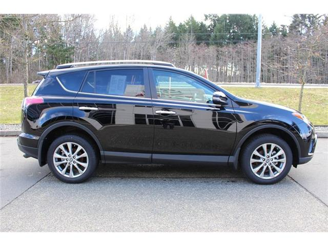 2018 Toyota RAV4  (Stk: 11450) in Courtenay - Image 2 of 30