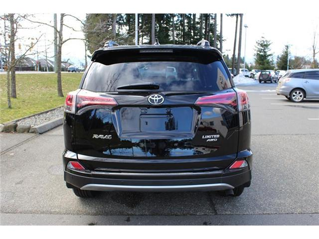2018 Toyota RAV4  (Stk: 11450) in Courtenay - Image 4 of 30