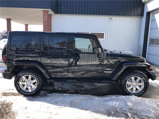 2017 Jeep Wrangler Unlimited Sahara (Stk: 11696) in Fort Macleod - Image 5 of 17