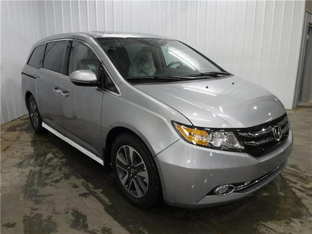 2017 Honda Odyssey Touring (Stk: 1770042) in Calgary - Image 1 of 27