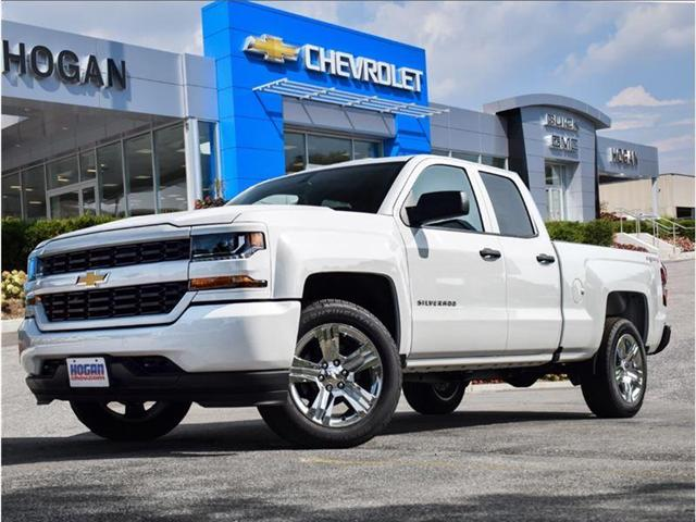 2018 Chevrolet Silverado 1500 Silverado Custom (Stk: 8214564) in Scarborough - Image 1 of 26