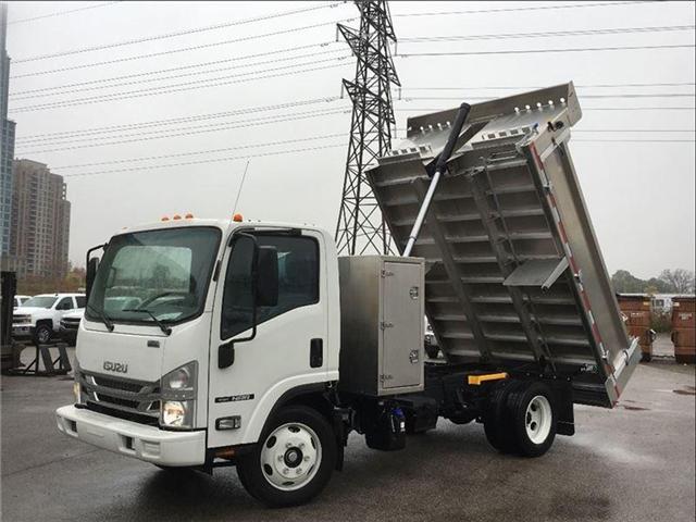 2018 Isuzu NRR Neww 2018 Isuzu Dump With Cross Box (Stk: DTI85049) in Toronto - Image 2 of 15