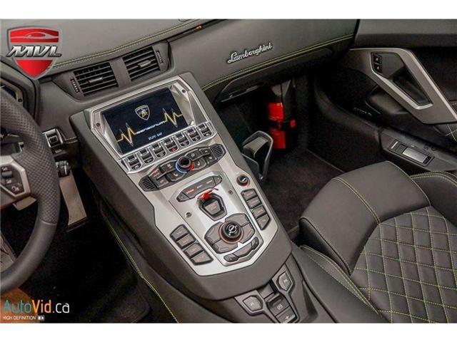 2017 Lamborghini Aventador LP700-4 Roadster (Stk: Lamborghini-1) in Oakville - Image 34 of 50