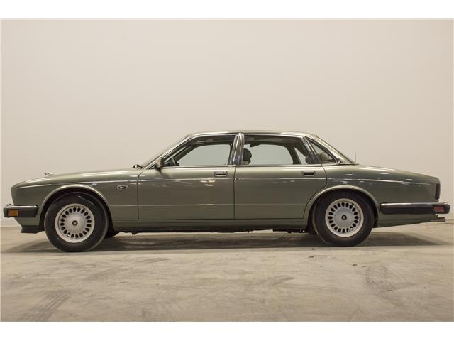1988 Jaguar XJ6 Sovereign  (Stk: U7389D) in Vaughan - Image 2 of 21