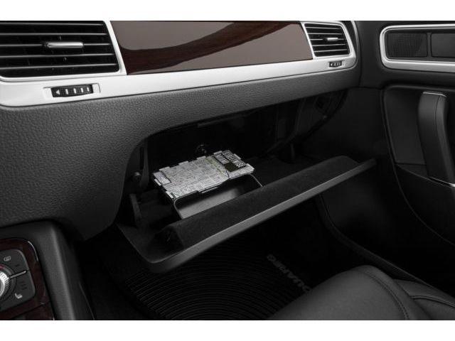2016 Volkswagen Touareg 3.0 TDI Sportline (Stk: GU007217) in Surrey - Image 9 of 10