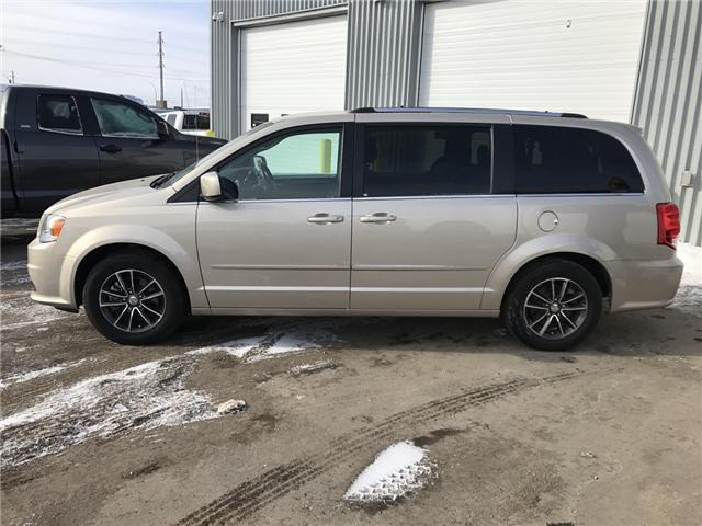 2016 Dodge Grand Caravan SE/SXT (Stk: 1611381R) in Thunder Bay - Image 2 of 8