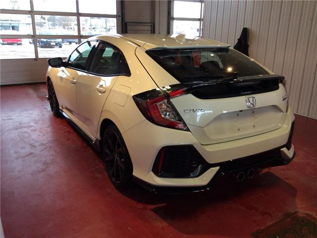 2018 Honda Civic Sport Touring (Stk: H5732) in Sault Ste. Marie - Image 3 of 5