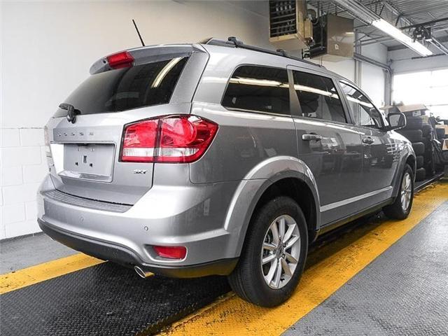 2018 Dodge Journey SXT (Stk: 2203890) in Burnaby - Image 2 of 6
