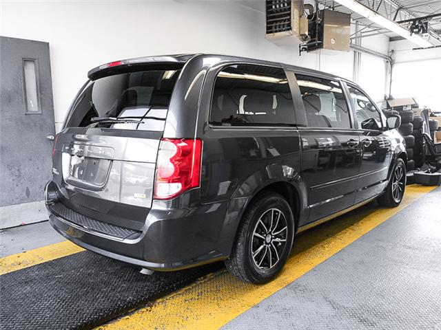 2017 Dodge Grand Caravan CVP/SXT (Stk: X-5823-0) in Burnaby - Image 2 of 25