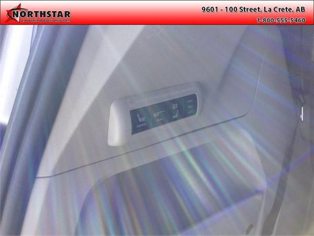 2014 Chrysler Town & Country Touring-L (Stk: RT065A) in  - Image 3 of 16