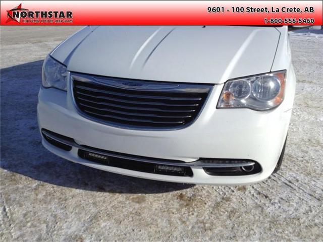 2014 Chrysler Town & Country Touring-L (Stk: RT065A) in  - Image 7 of 16