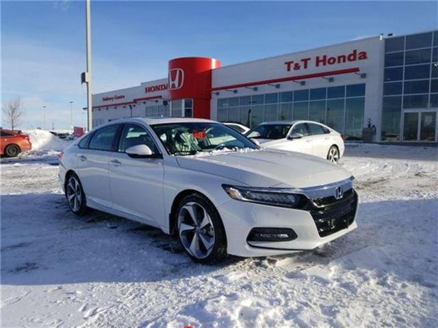 2018 Honda Accord Touring (Stk: 2180648) in Calgary - Image 1 of 9