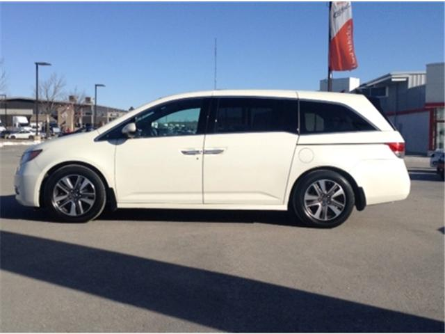 2015 Honda Odyssey Touring (Stk: U15177) in Barrie - Image 2 of 29