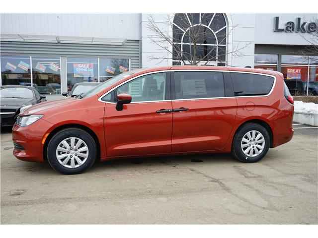 2018 Chrysler Pacifica L (Stk: 181414) in Thunder Bay - Image 2 of 9