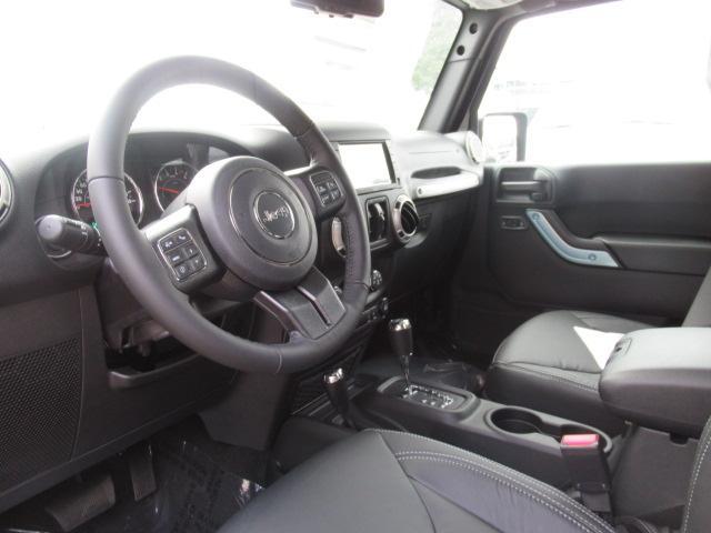 2018 Jeep Wrangler JK Unlimited Sahara (Stk: J864082) in Surrey - Image 8 of 13