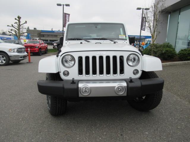 2018 Jeep Wrangler JK Unlimited Sahara (Stk: J864085) in Surrey - Image 2 of 12