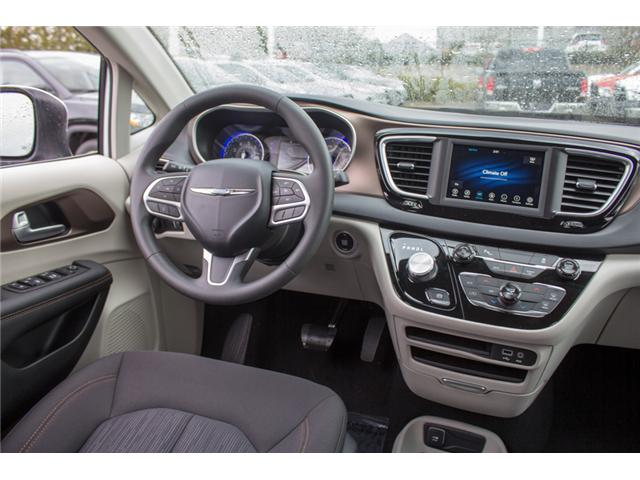 2018 Chrysler Pacifica L (Stk: J105029) in Abbotsford - Image 17 of 30