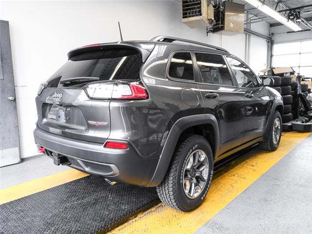 2019 Jeep Cherokee Trailhawk (Stk: K138090) in Burnaby - Image 2 of 6