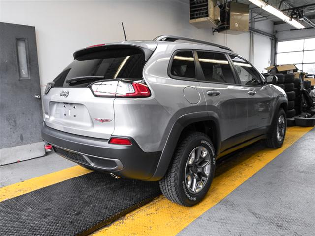 2019 Jeep Cherokee Trailhawk (Stk: K138100) in Burnaby - Image 2 of 6