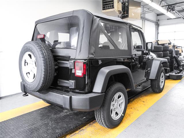 2018 Jeep Wrangler JK Sport (Stk: Y002870) in Burnaby - Image 2 of 7