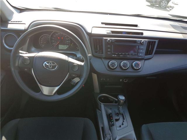 2016 Toyota RAV4 LE (Stk: U00613) in Guelph - Image 12 of 25