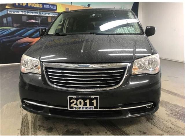 2011 Chrysler Town & Country Touring (Stk: 727239) in NORTH BAY - Image 2 of 18