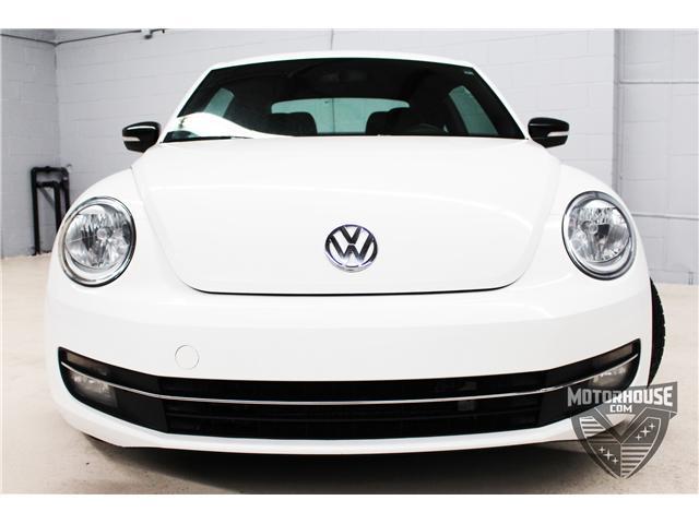 2012 Volkswagen Beetle 2.0 TSI Sportline (Stk: 1720) in Carleton Place - Image 2 of 32