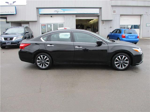 2017 Nissan Altima 2.5 SV (Stk: 180341) in North Bay - Image 2 of 13