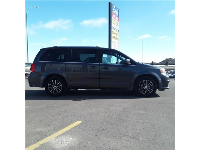 2017 Dodge Grand Caravan CVP/SXT (Stk: P217) in Brandon - Image 1 of 9