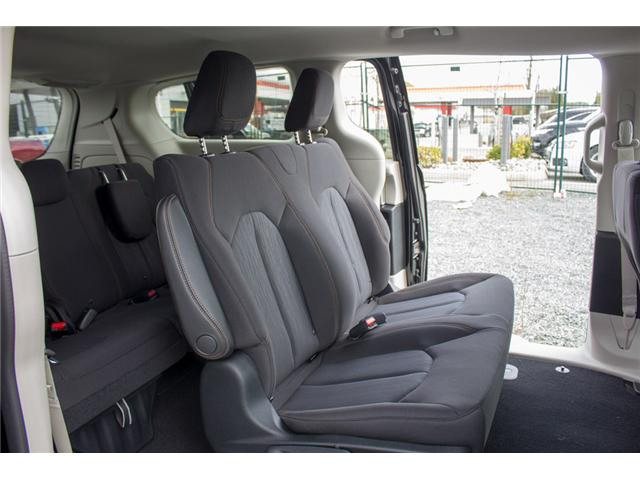 2018 Chrysler Pacifica L (Stk: J148396) in Abbotsford - Image 13 of 23