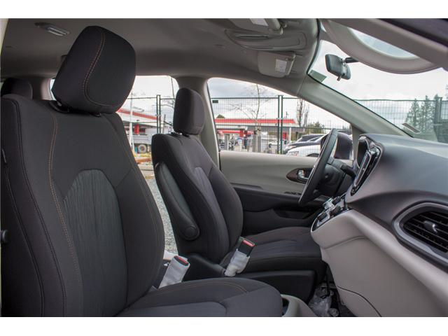 2018 Chrysler Pacifica L (Stk: J148396) in Abbotsford - Image 17 of 23