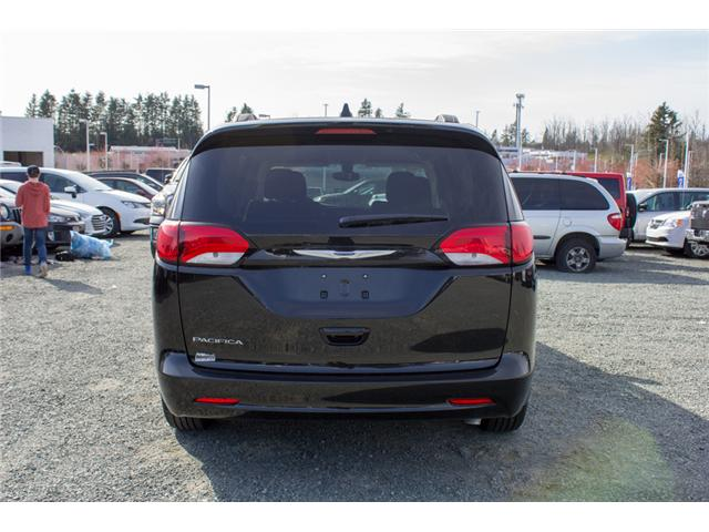 2017 Chrysler Pacifica LX (Stk: H719895) in Abbotsford - Image 6 of 25