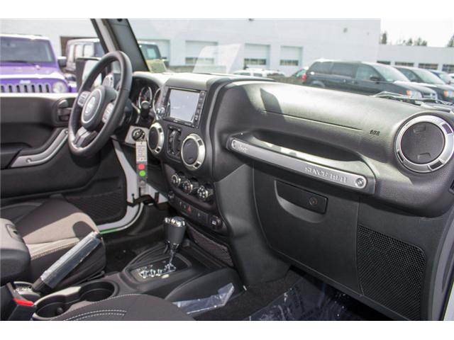 2018 Jeep Wrangler JK Unlimited Sahara (Stk: J863960) in Abbotsford - Image 17 of 28