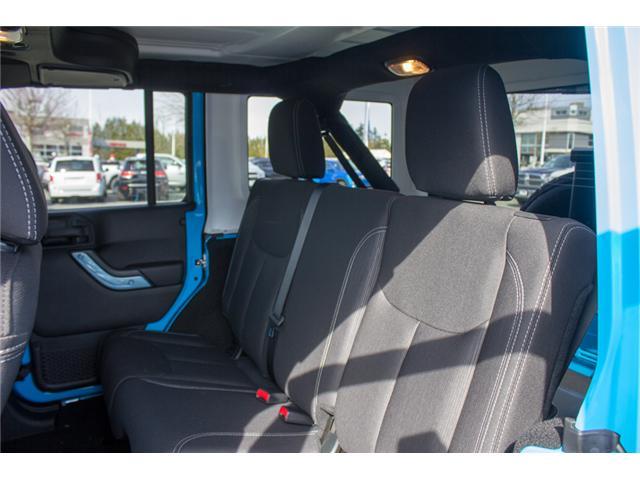 2018 Jeep Wrangler JK Unlimited Sahara (Stk: J863963) in Abbotsford - Image 12 of 25