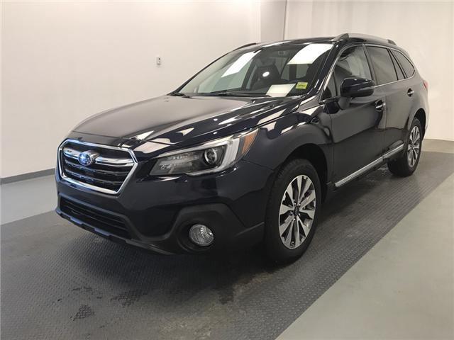 2018 Subaru Outback 3.6R Premier EyeSight Package (Stk: 190988) in Lethbridge - Image 1 of 31