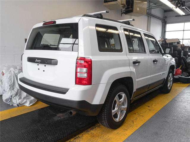 2017 Jeep Patriot Sport/North (Stk: 9-5750-1) in Burnaby - Image 2 of 21