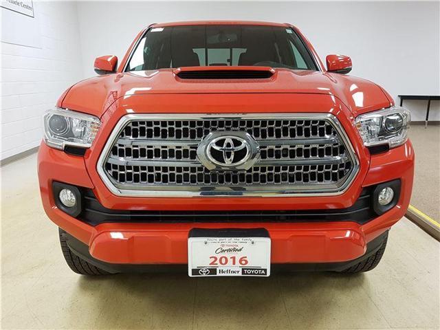 2016 Toyota Tacoma  (Stk: 185300) in Kitchener - Image 7 of 22