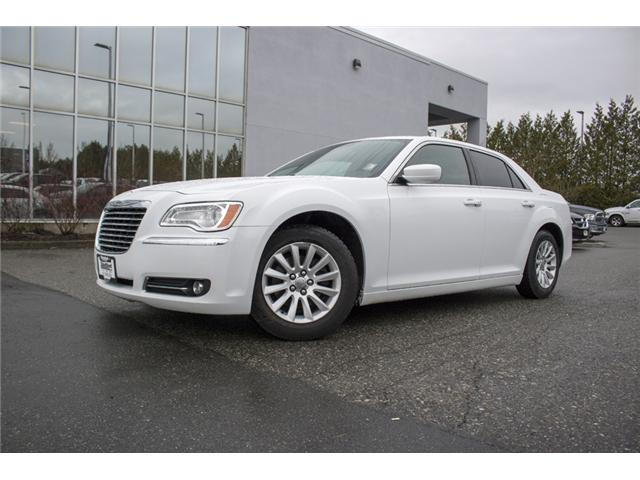 2013 Chrysler 300 Touring (Stk: J256392B) in Abbotsford - Image 3 of 21