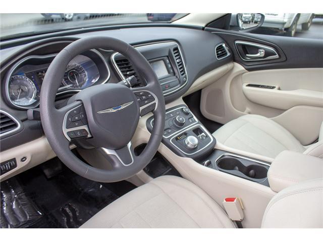 2016 Chrysler 200 LX (Stk: P80516) in Surrey - Image 9 of 23