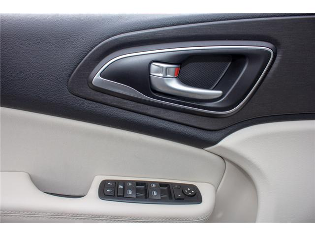 2016 Chrysler 200 LX (Stk: P80516) in Surrey - Image 17 of 23