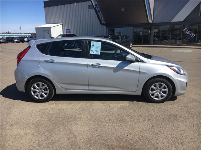 2012 Hyundai Accent  (Stk: 15153A) in Thunder Bay - Image 2 of 15