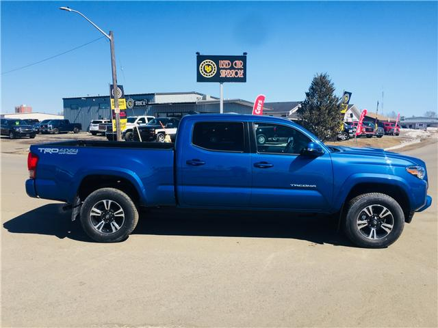 2017 Toyota Tacoma TRD Off Road (Stk: 3493) in Thunder Bay - Image 2 of 17