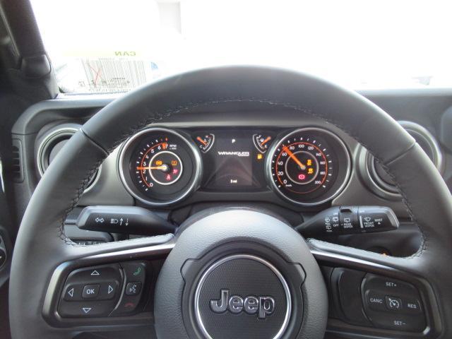 2018 Jeep Wrangler Unlimited Sport (Stk: J153673) in Surrey - Image 8 of 14